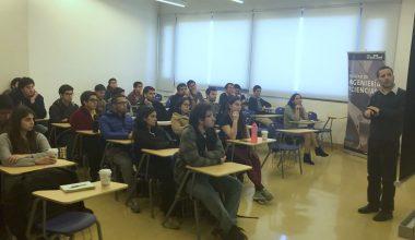 Experto del Centro Sismológico Nacional (CSN) dictó charla en Ingeniería Civil
